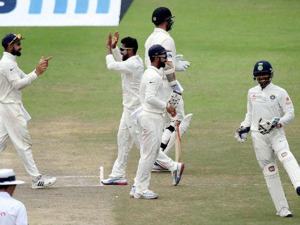 377 ரன்களில் இந்தியா டிக்ளேர்- 2-வது இன்னிங்ஸில் நியூசிலாந்து பெரும் போராட்டம்!