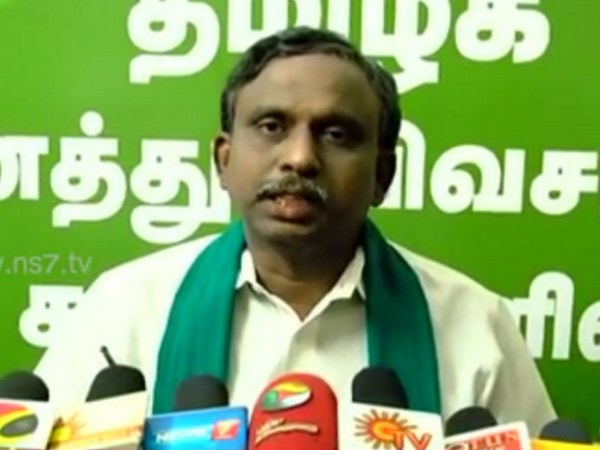 P.R.Pandian urges to remove Sadananda Gowda from cabinet