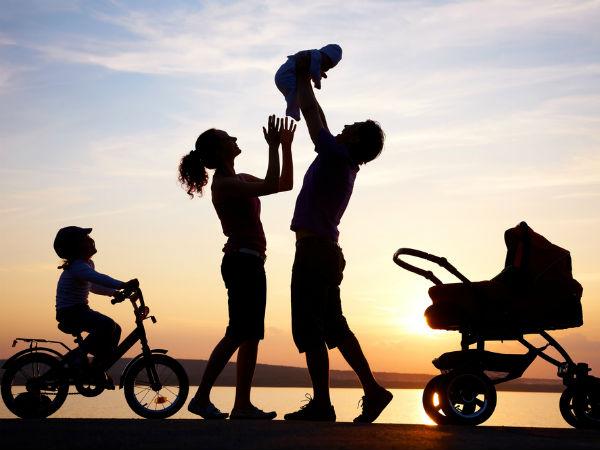 குழந்தைகளுக்கு பணத்தை விட நேரத்தை செலவிடுங்கள்- பெற்றோர்களுக்கு ஹைகோர்ட் அறிவுரை