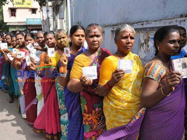 உள்ளாட்சித் தேர்தல்: கவுன்சிலர்கள், உள்ளாட்சி பிரதிநிதிகளை தேர்ந்தெடுக்கப் போகும் 5. 80 கோடி பேர்
