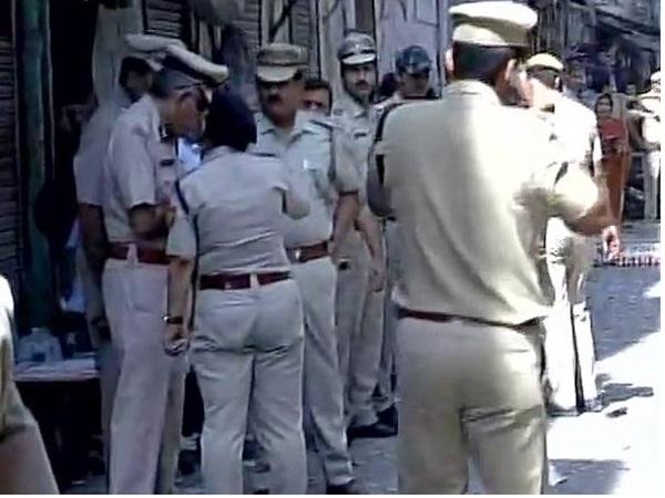 டெல்லியில் குண்டுவெடிப்பு ஒருவர் பலி: 5 பேர் படுகாயம்; போலீஸார் தீவிர விசாரணை