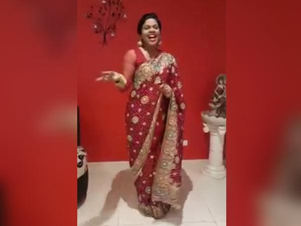 """காந்தக் குரல் அழகி.. கணீர் பாட்டழகி. கல்பனா அக்காவின் தீபா""""வலி"""" ஸ்பெஷல்!"""