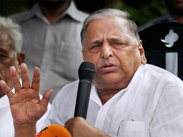 உங்களைவிட மிகப் பெரிய ரவுடி நான்... சிவ்பால் யாதவ் மக்களின் தலைவர்: முலாயம்சிங் ஆவேசம்