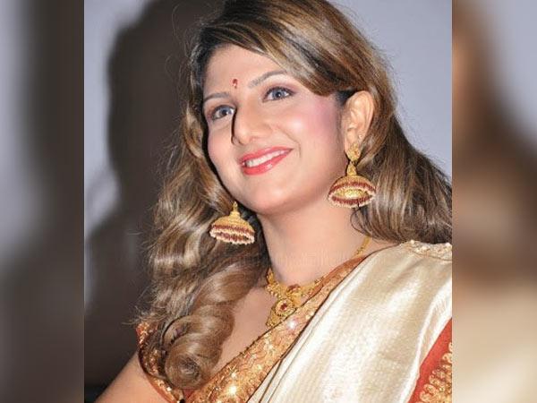 கனடா கணவரிடமிருந்து விவாகரத்து கோருகிறார் நடிகை ரம்பா! #Rambha