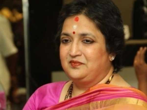 latha rajinikanth petition to commissioner office