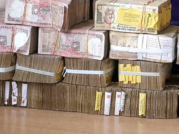 RS.1.30 crore seized from ED Raids in chennai