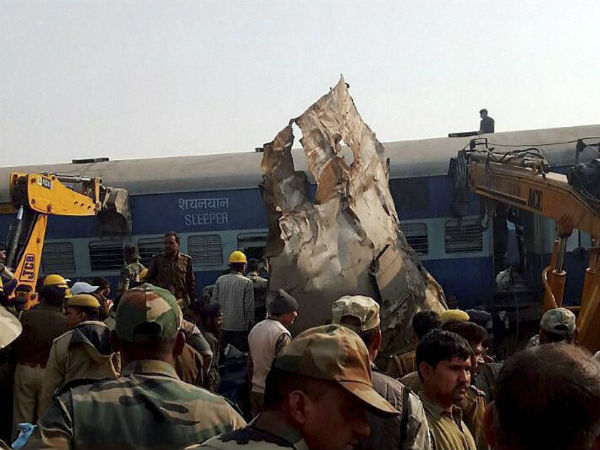 'The coach was in the Air' Says kanpur Train accident suvivor