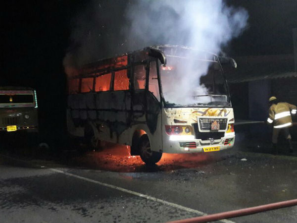 Tourist van caught fire at Edappadi