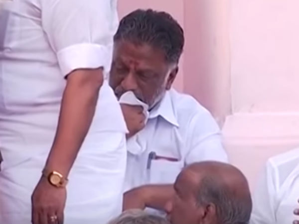 Jayalalithaa Death: Panneerselvam Cries - Viral Video