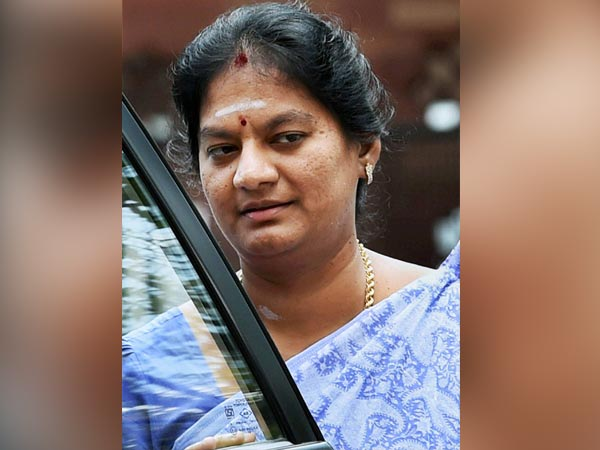 Sasikala Pushpa case hearing on 23rd Dec.
