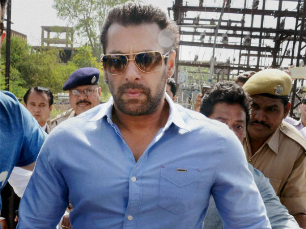 Actor Salman khan to appear in Jodpur High court on 25th for poaching case