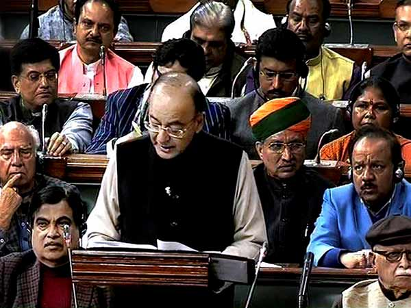 Arun Jaitely joked while filing budget in Parliament
