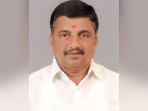 People welcomes r Kovai north ADMK MLA Arunkumar