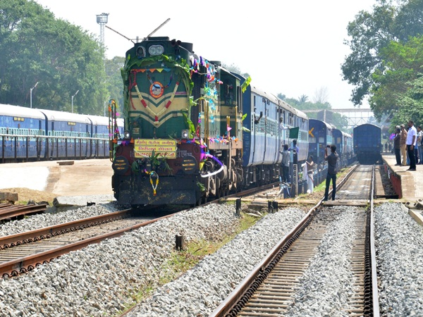 Trial train services between senkottai and new ariyankavu