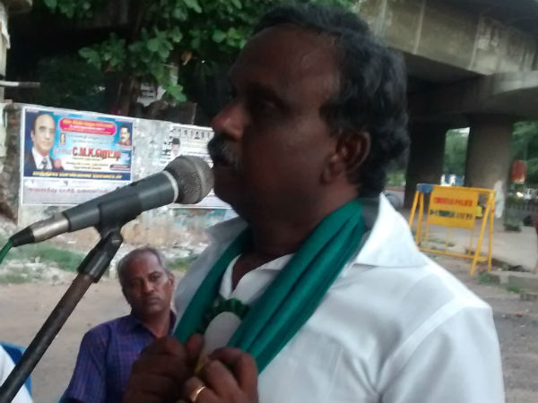 P.R. Pandian condemns IOB's insults of farmer