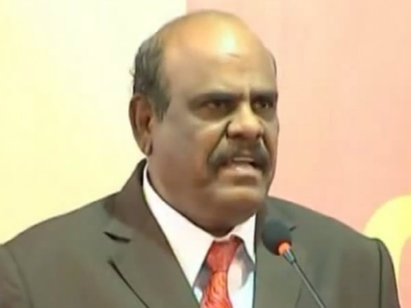 There were 100 policemen at the doorstep of Justice C S Karnan