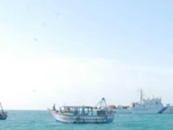 சவூதி அரேபியாவில் வெளிநாட்டு கப்பல் மோதியதில் 3 தமிழக மீனவர்கள் பலி