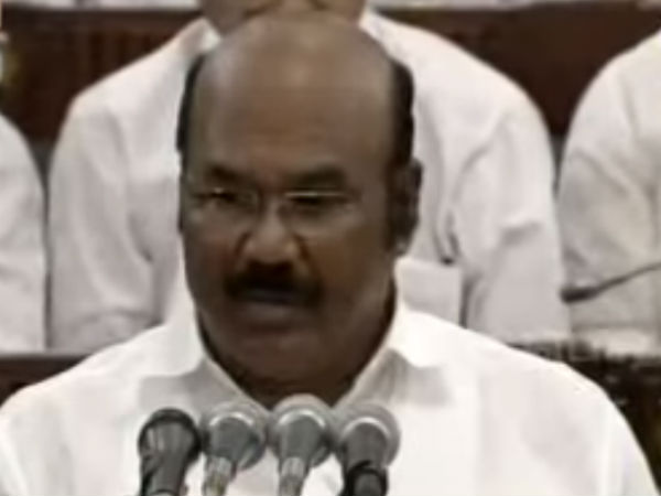 Jayakumar present budget in TN assembly