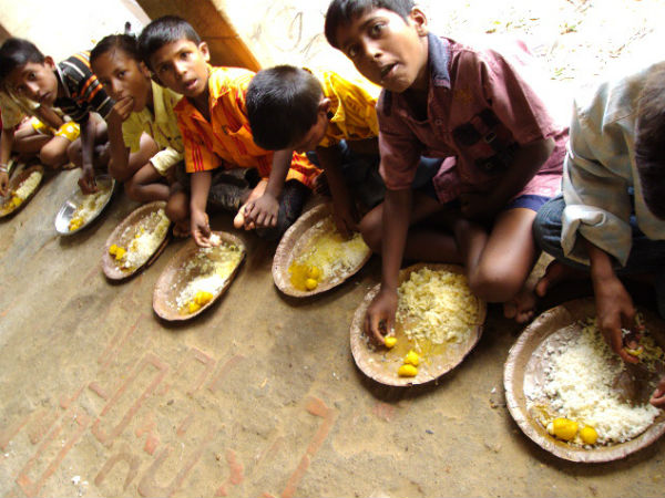 ஆதாரே ஆதாரம்.. 3 மாநிலங்களில் மதிய உணவு திட்டத்தில் 4.4 லட்சம் போலி மாணவர்கள்! ஷாக் ரிப்போர்ட்