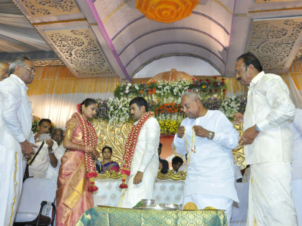 VVIPS attend Vaiko family marriage
