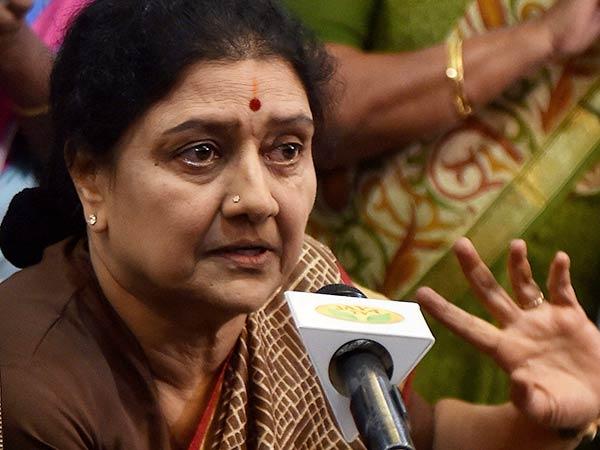 சசி அரசியல்வாதியாம்