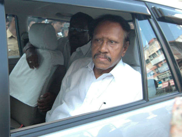 conditions not necessary for Both admk teams  joining, Thambidurai