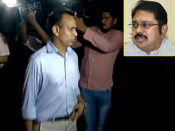 delhi police summons given to dinakaran