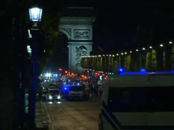 Ahead of French Presidential polls, one killed in shooting at Paris