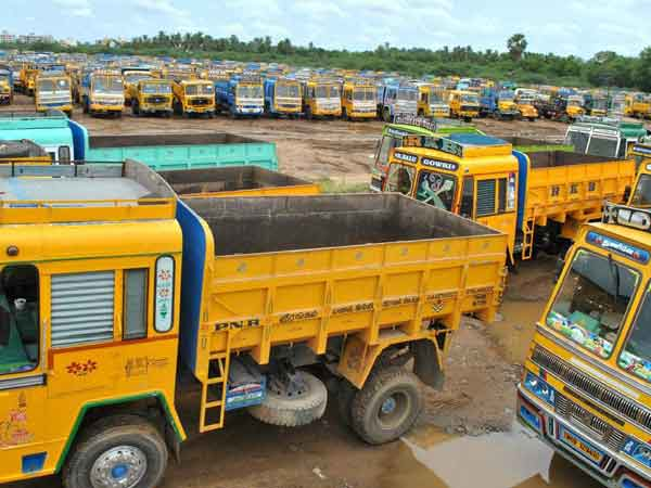 Lorry strike withdrawn after 10 days