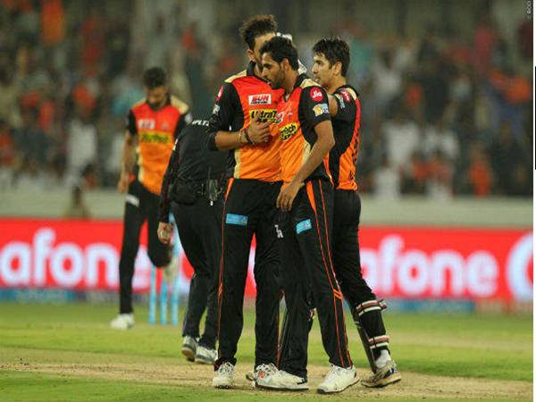 Hyderabad beat Punjab by 5 runs