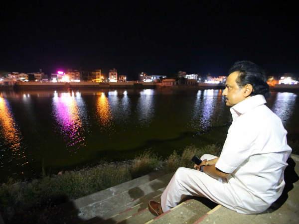 மெரீனா பீச்சைத் தொடர்ந்து திருவாரூர் கமலாலய குளம்... ஸ்டாலின் ரிலாக்ஸ் 'ப்ளேஸ்'