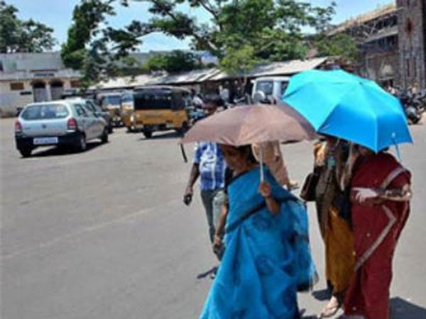 There is no chance for rain in tamil nadu now : Meteorological center