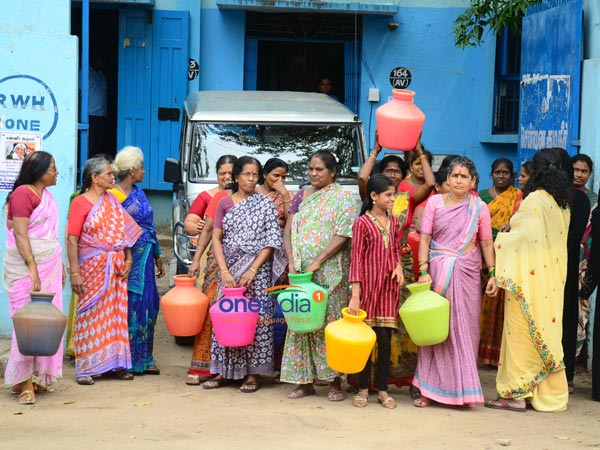 People protest against water shortage in Thiruvarur