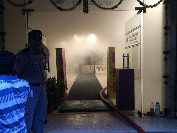 Fire accident at Chennai silks in T.nagar, Fire service dept announced its a Danger zone.