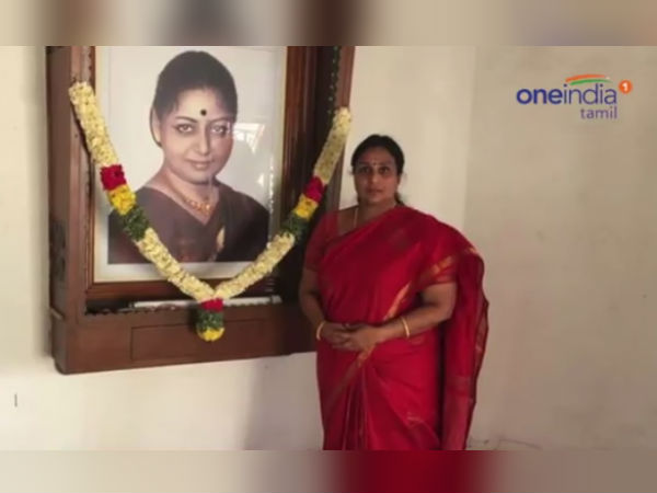 MGR's wife Janaki's 21st death anniversary today and her adopted daughter paid homage