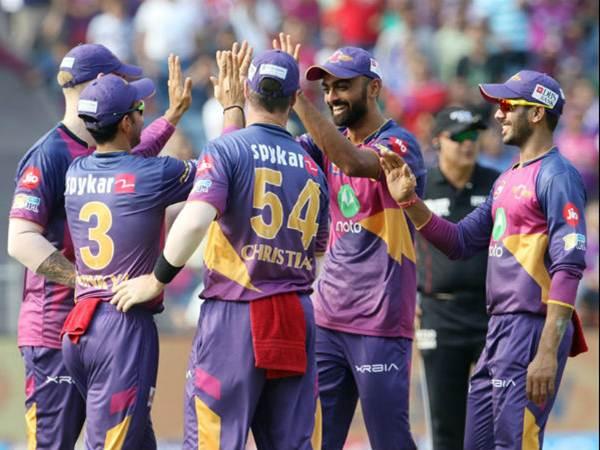 Qualifier 1: Pune lose Tripathi, Smith cheaply against Mumbai