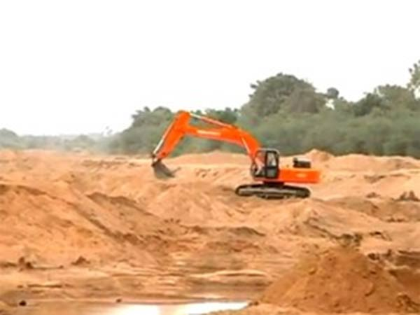 Villagers want sand quarry routes shut in Karur