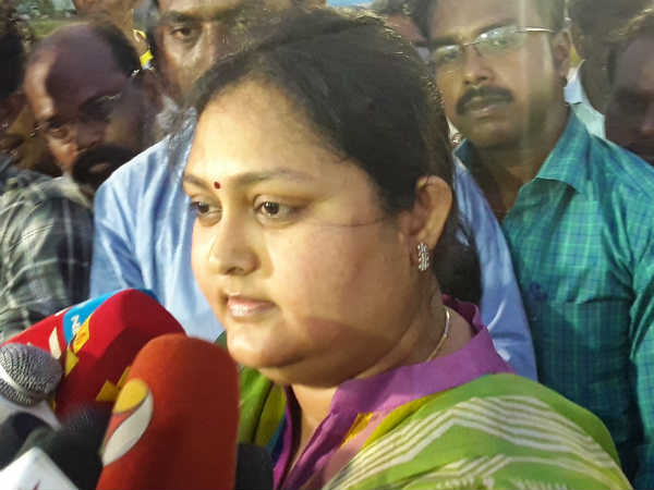 I will work for Admk unto my death told Admk star speaker Actress Vindhiya