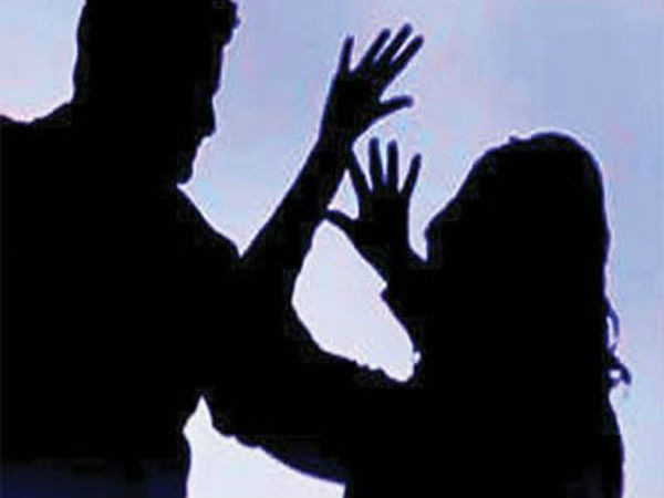 woman killed by her husband in paramakudi