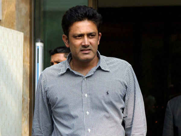 Cricket fraternity supports Kumble
