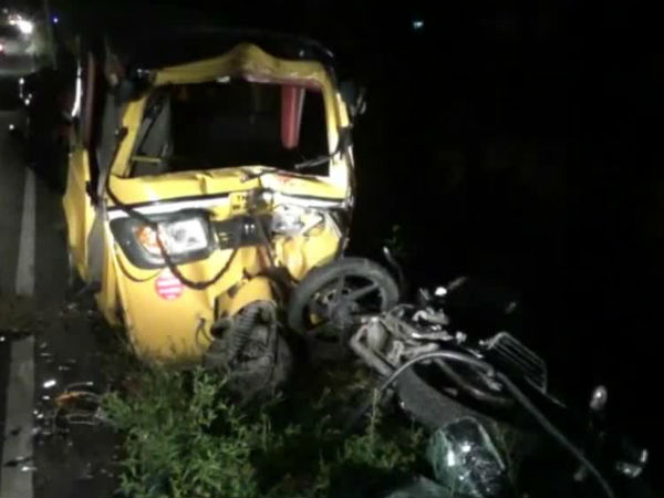 A road accident near Vellore and 3 people died