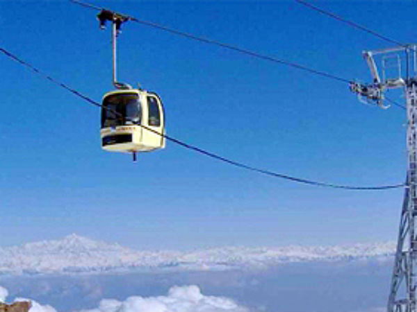 Seven die in Gulmarg cable car accident