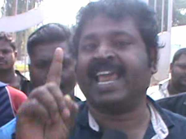 Gowthaman slams ADMK for supporting BJP