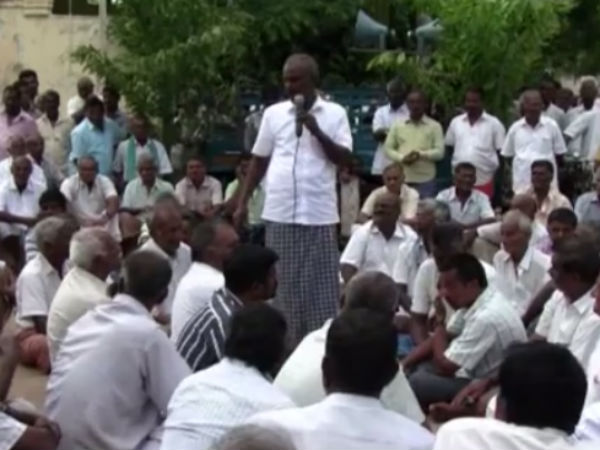 Lakshmipuram village people accusing O.Pannerselvam.
