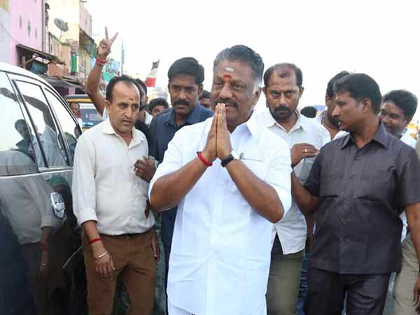 Former chief minister O.Paneerselvam going to Nellai today