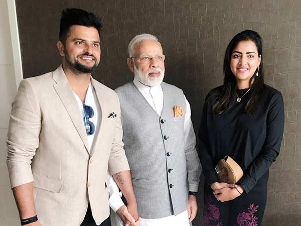 நெதர்லாந்தில் மனைவியுடன் மோடியை சந்தித்த சுரேஷ் ரெய்னா!