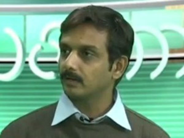 Bail for Thirumurugan Gandhi in one case