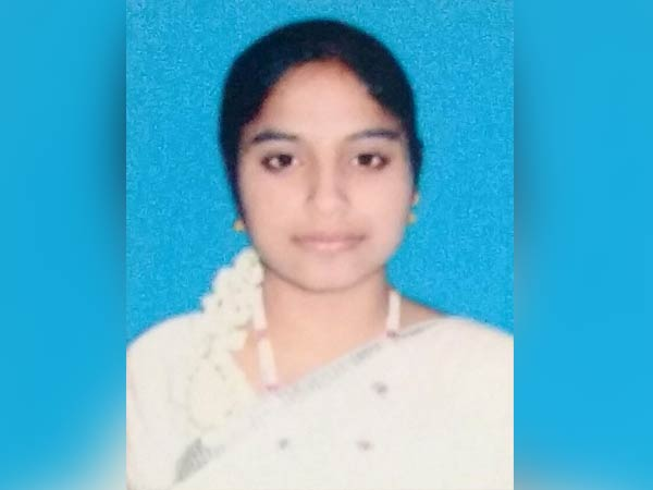 Thiruvannamalai government school student Vijayalakshmi cleared her IAS exams