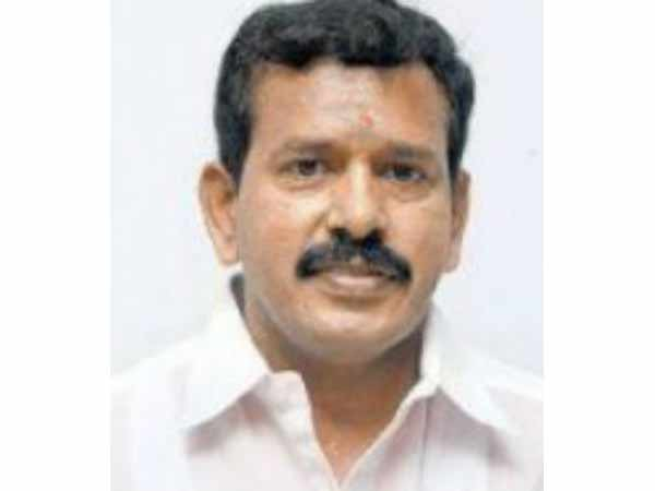MLA Venkatachalam explains why stay with Palanisamy