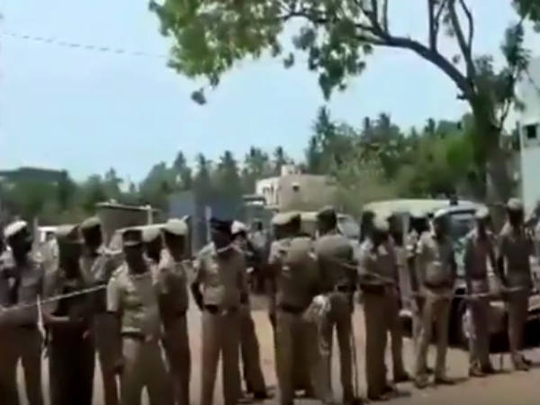 Police withdraw force situation calm at Kathiramangalam